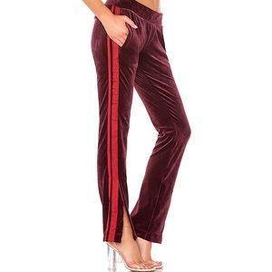 Pam & Gela velour pants